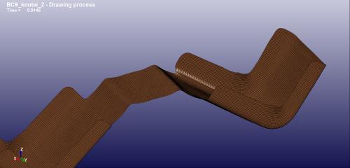 3回目の修正ブランク形状の成形後1